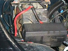 fuseblock welcome to rockcrawler com yj 4 0l motor swap yj fuse box at beritabola.co