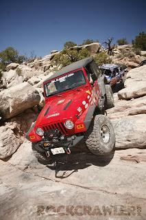 a2.bp.blogspot.com__BnvjF9phpaE_T6RN_nA91pI_AAAAAAAACW8_aZwhISX3MyM_s320_jeep_moab_rockcrawler.jpg