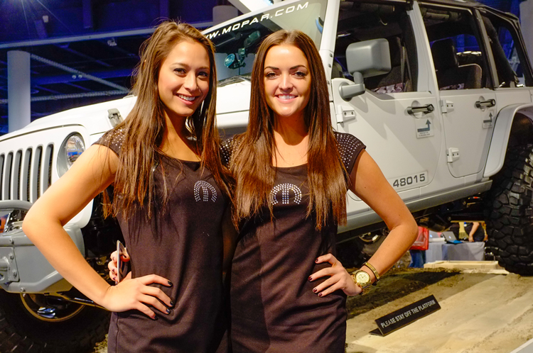 ajpfreek.com_wp_content_uploads_2013_11_women_of_sema_7.jpg