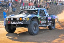Cameron-Steele-racing-on-Yokohama-Geolandar-tires-at-the-2013-Baja-1000.jpg