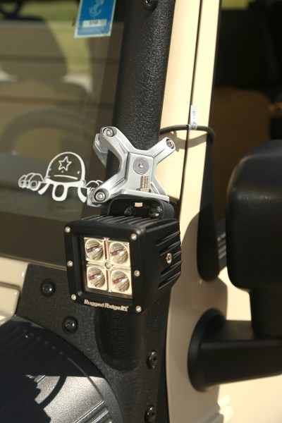 Rugged-Ridge-X-Clamps-Installed-on-Jeep-High-Res.jpg