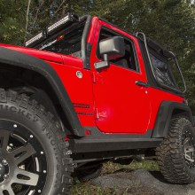 Rugged-Ridge-XHD-Rock-Sliders-Installed-2-Door-High-Res.jpg