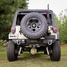 Rugged-Ridge-XHD-Tire-Carrier-installed.jpg